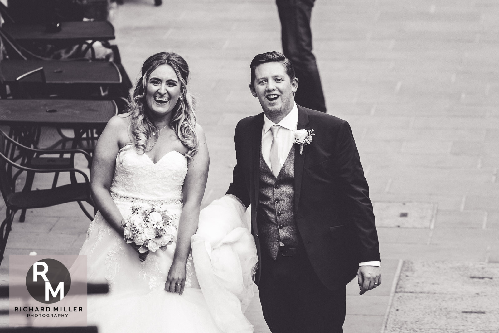 Dale Natalie Web 414 - An Awesome Chester Wedding at Oddfellows