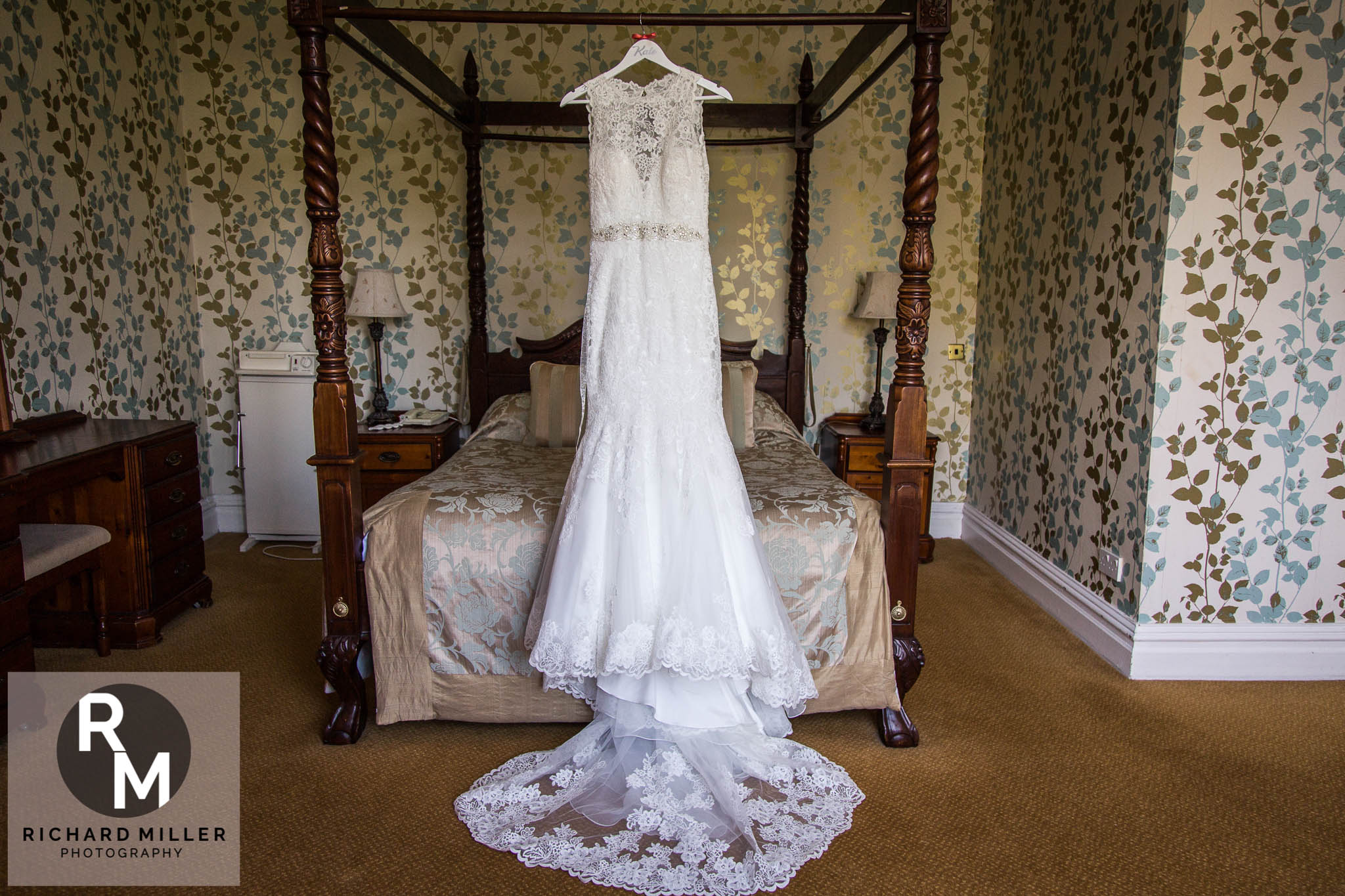 K A 6 - Northop Hall Country House Wedding